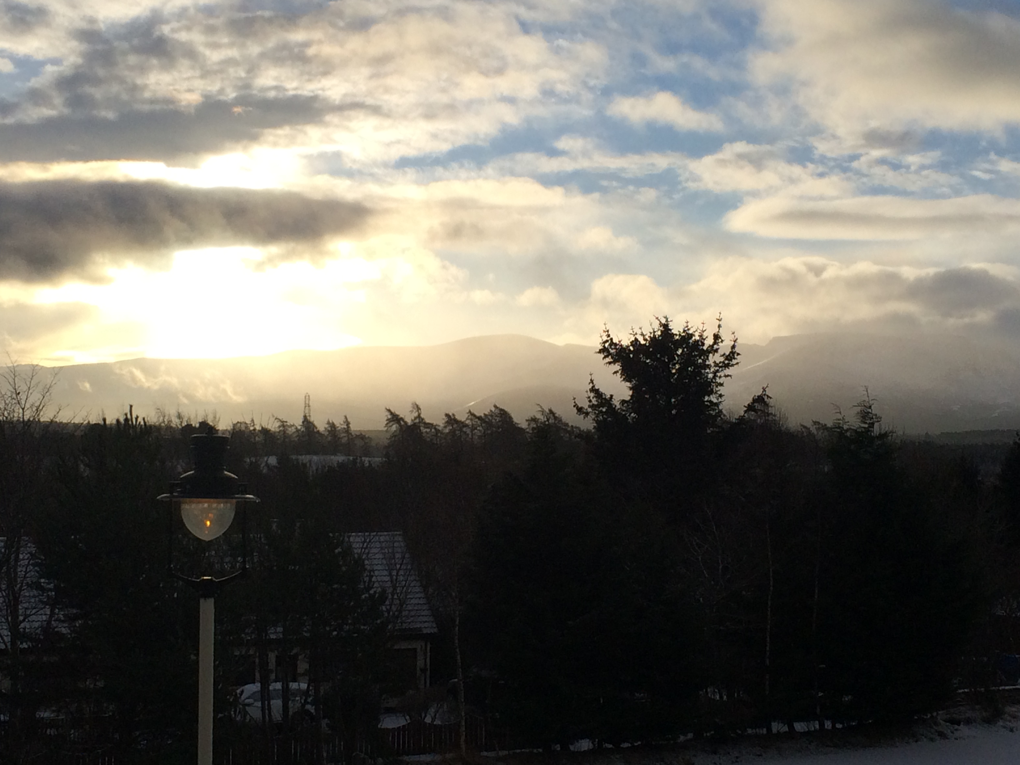 Dawn at Aviemore station